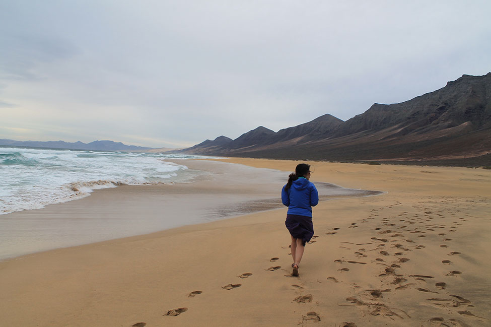 Walking Cofete Beach
