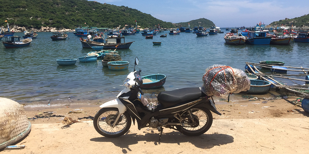 Ride Motorbike Across Vietnam